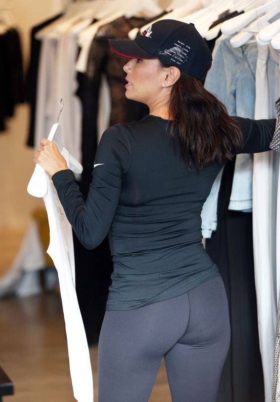 Eva Longoria Booty in Tights - Sydney, July 2015
