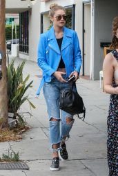Gigi Hadid Street Style - Leaving Kings Road Cafe in LA, July 2015