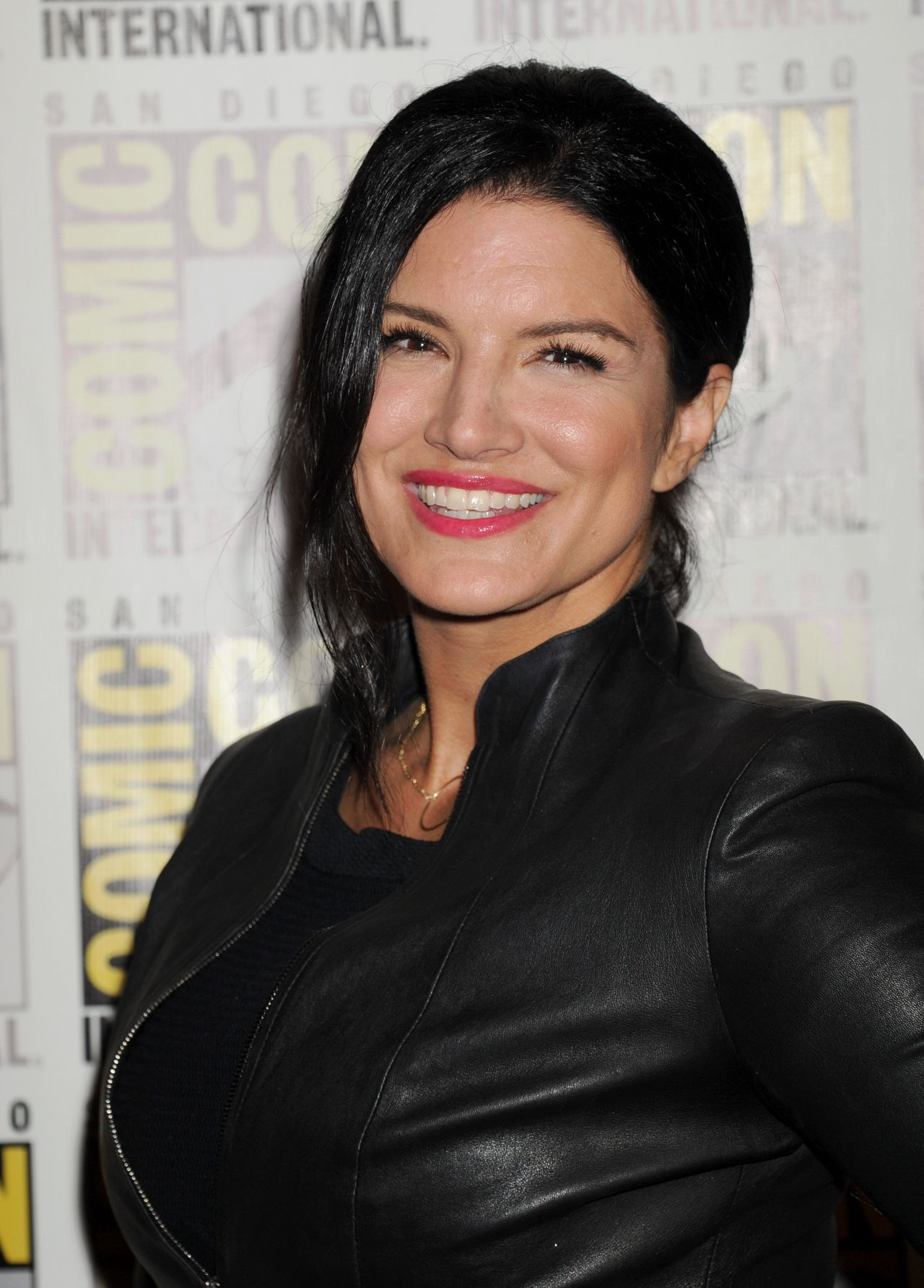 Gina Carano - 20th Century Fox Press Line at Comic Con in ...