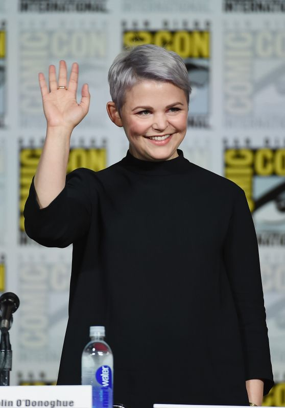 Ginnifer Goodwin - Once Upon A Time Press Panel at Comic Con in San Diego