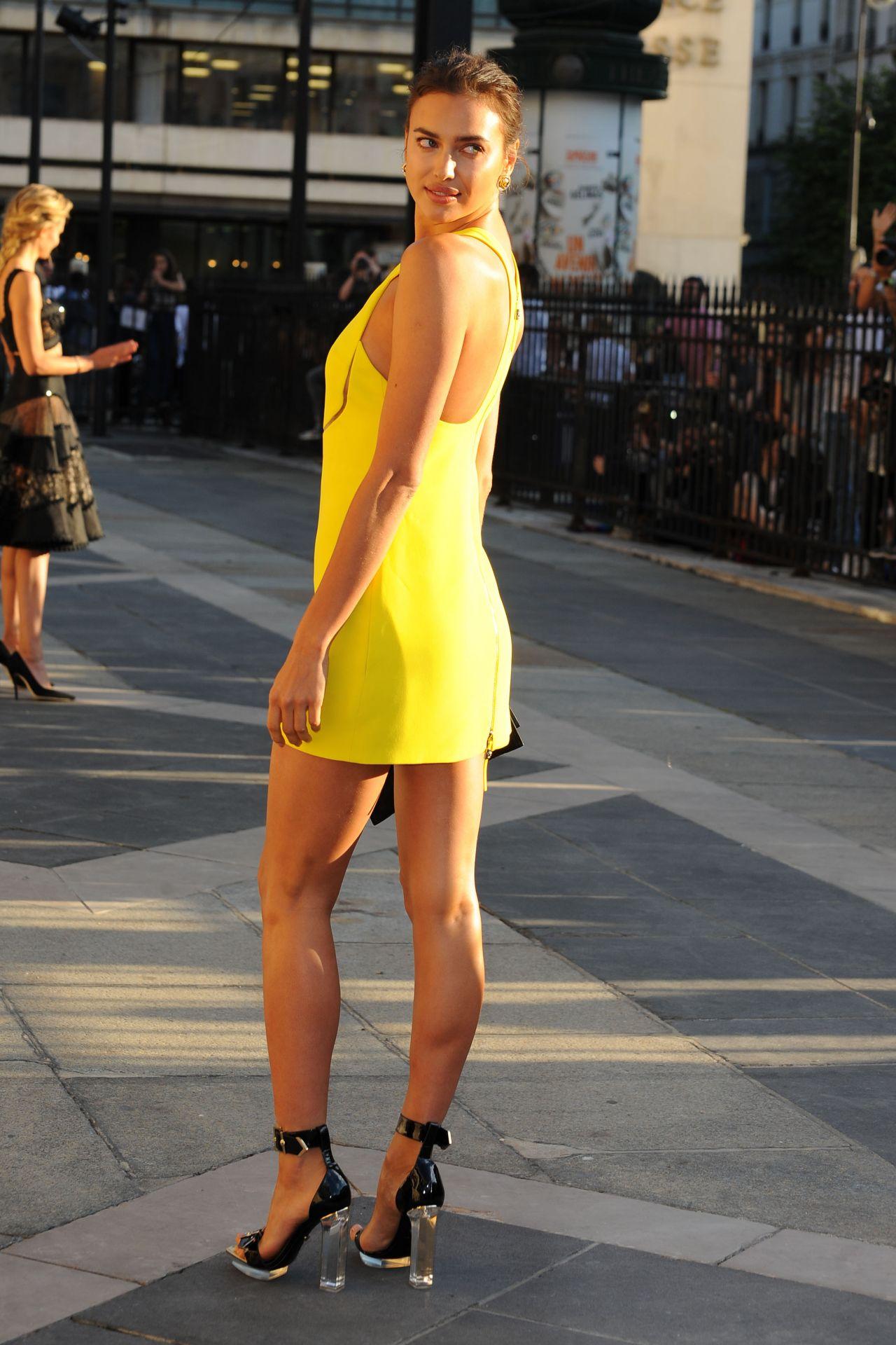 Irina Shayk Atelier Versace Show Paris Fashion Week