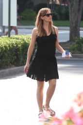 Jennifer Garner Summer Style - Out in Atlanta, July 2015