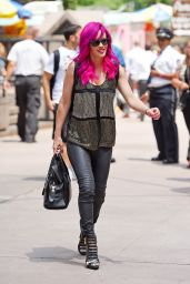 Jenny McCarthy Style - Out in NYC, July 2015