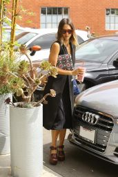 Jessica Alba - Arriving at Her Office in Santa Monica, July 2015