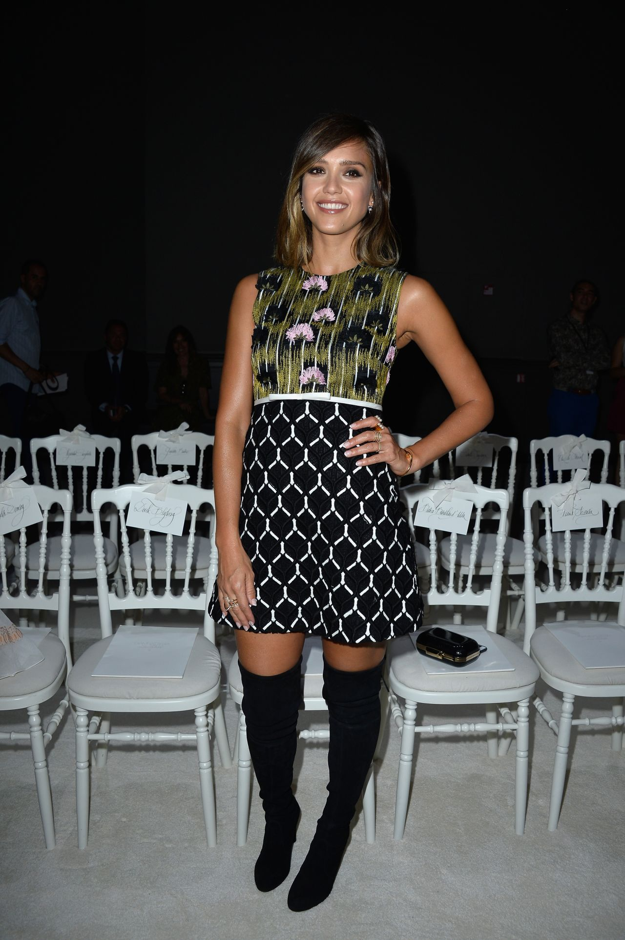 Jessica alba fashion show 9