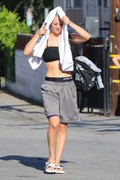Kaley Cuoco - Leaving Yoga Class in Studio City, July 2015