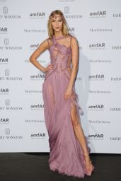 Karlie Kloss on Red Carpet – amfAR Dinner in Paris, July 2015