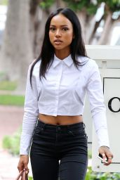 Karrueche Tran Booty in Jeans - Shopping in Melrose Heights in Los Angeles