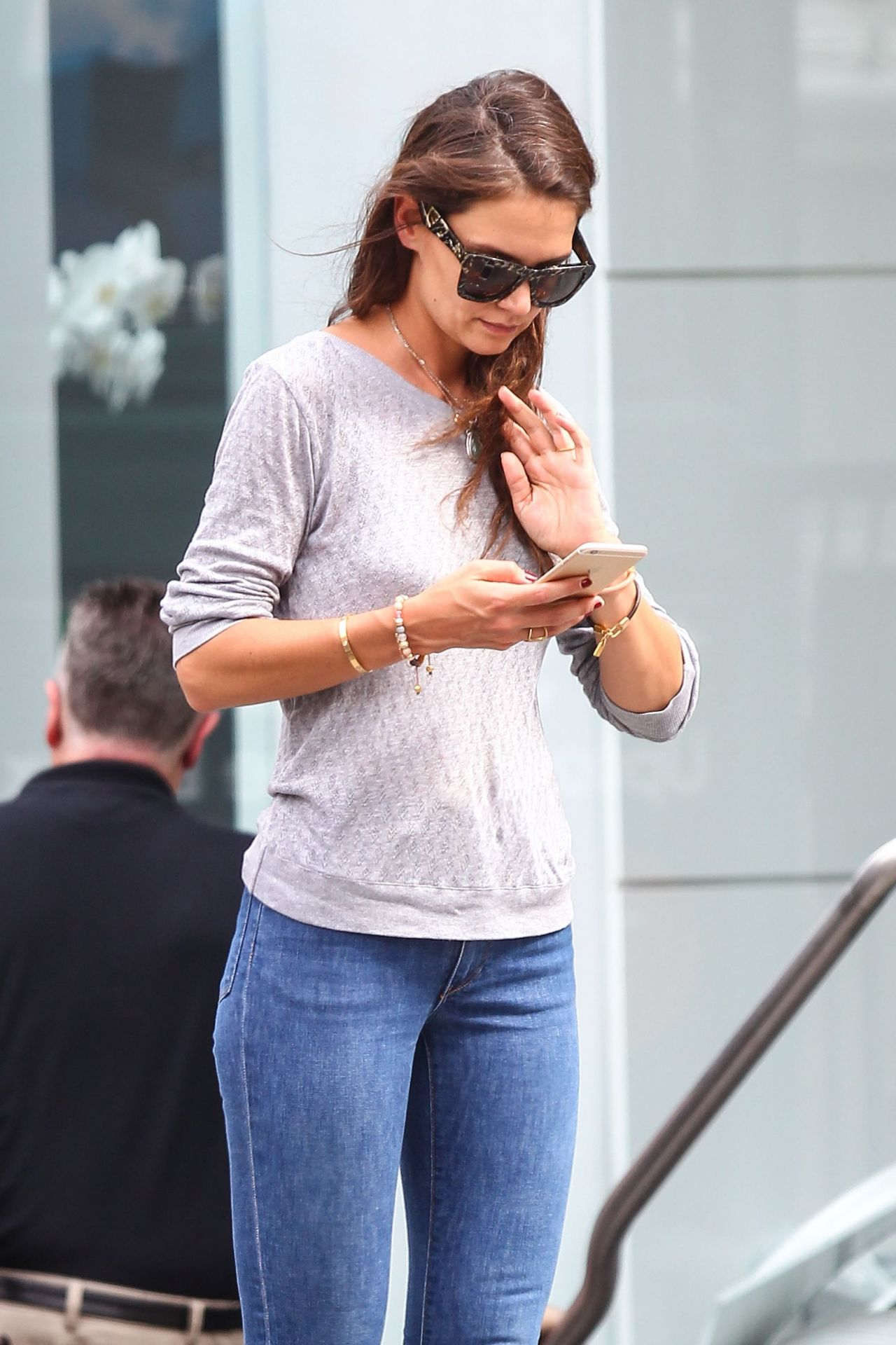 Boyfriend jeans celebrity style red