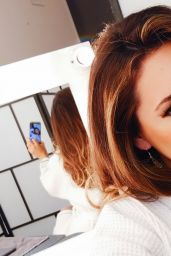 Kelly Brook - New HTC M9 Gold Ads/Photoshoot July 2015