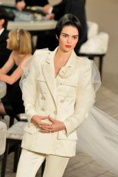 Kendall Jenner - Chanel Fashion Show in Paris, July 2015