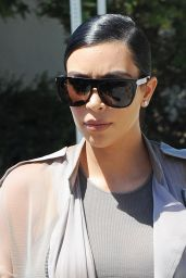 Kim Kardashian - Filming in Agoura Hills, July 2015