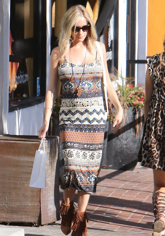 Kristin Cavallari - Shopping in West Hollywood, July 2015