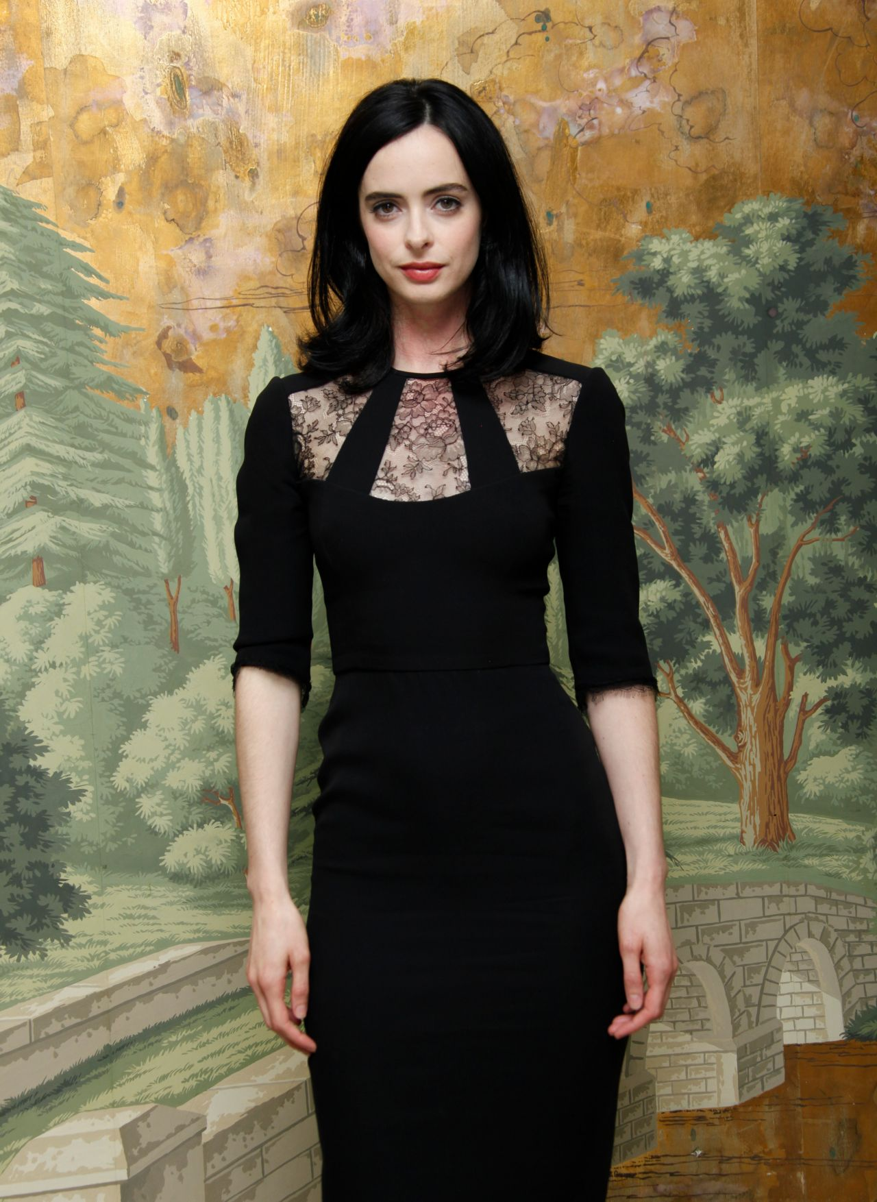 Krysten Ritter Cover: 'Jessica Jones' Press Conference At