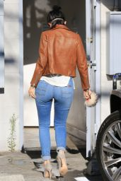 Kylie Jenner Booty in Jeans - Going to a Nail Salon in Beverly Hills, July 2015