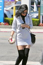 Kylie Jenner Street Fashion - Out in Los Angeles, July 2015