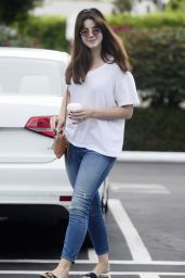 Lana Del Rey Street Style - Out in Los Angeles, July 2015
