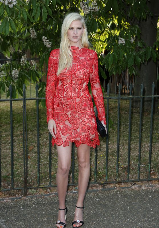 Lara Stone – The Serpentine Gallery Summer Party in London, July 2015