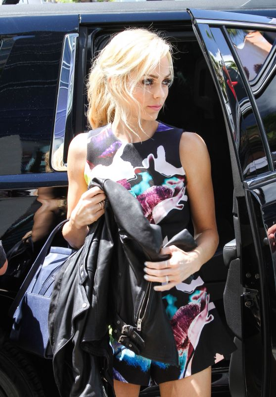 Laura Vandervoort - Arriving at Comic-Con in San Diego, July 2015