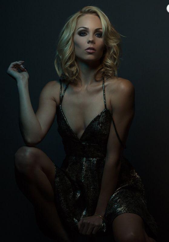 Laura Vandervoort - Felix Magazine July 2015 Pics
