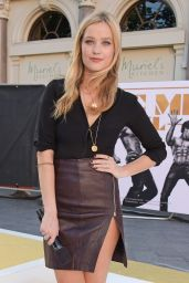 Laura Whitmore Hot Style - Magic Mike XXL Premiere in London