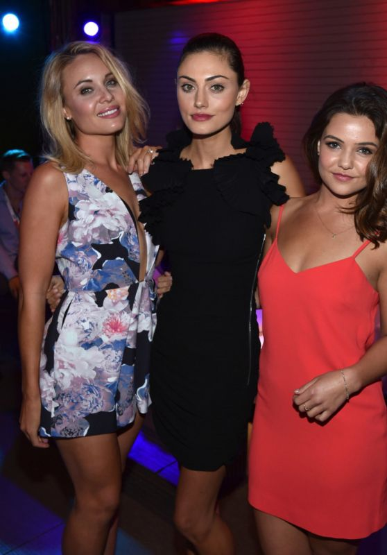 Leah Pipes, Phoebe Tonkin, and Danielle Campbell - 2015 MTV Fandom Awards in San Diego