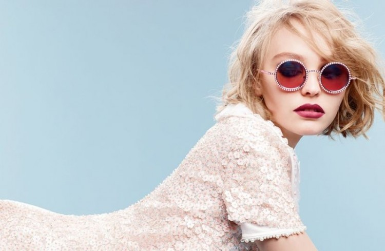 lily-rose-depp-chanel-eyewear-fall-winter-2015-karl-lagerfeld-photoshoot_1