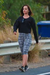 Mena Suvari Hiking in Runyon Canyon in LA, July 2015