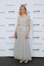 Natalia Vodianova on Red Carpet – amfAR Dinner in Paris, July 2015