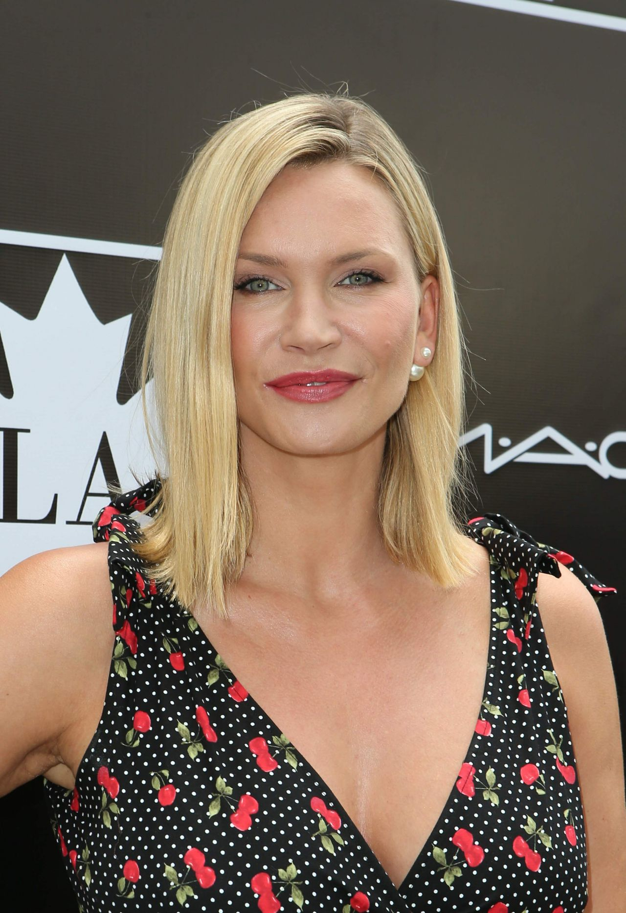 Natasha Henstridge - 2015 Golden Maple Awards