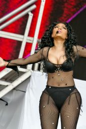Nicki Minaj Performs at 2015 Roskilde Festival in Denmark