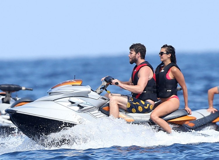 nina-dobrev-jet-skiing-in-saint-tropez-july-2015_1