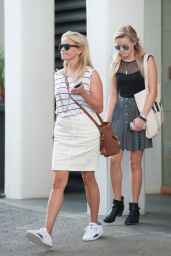 Reese Witherspoon Casual Style - Leaving Her Office in Beverly Hills, July 2015