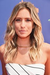 Renee Bargh – 2015 Nickelodeon Kids' Choice Sports Awards in Los Angeles