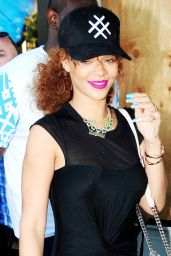 Rihanna Casual Style - Shopping in Beverly Hills, July 2015