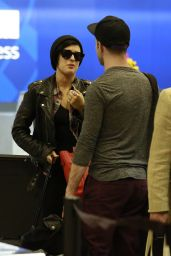Rumer Willis Airport Style - at LAX, July 2015
