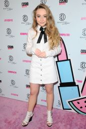 Sabrina Carpenter - 2015 BeautyCon in Los Angeles