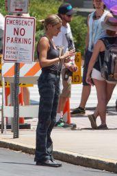 Shailene Woodley on the Set of