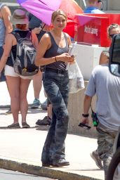 Shailene Woodley on the Set of