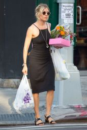 Sienna Miller - Street Fashion - Shopping in NYC, July 2015