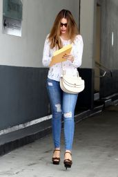 Sofia Vergara Booty in Jeans - Beverly Hills, July 2015
