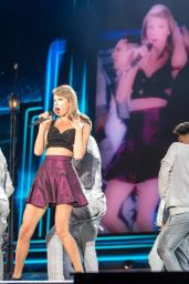 Taylor Swift - 1989 World Tour Chicago, July 2015