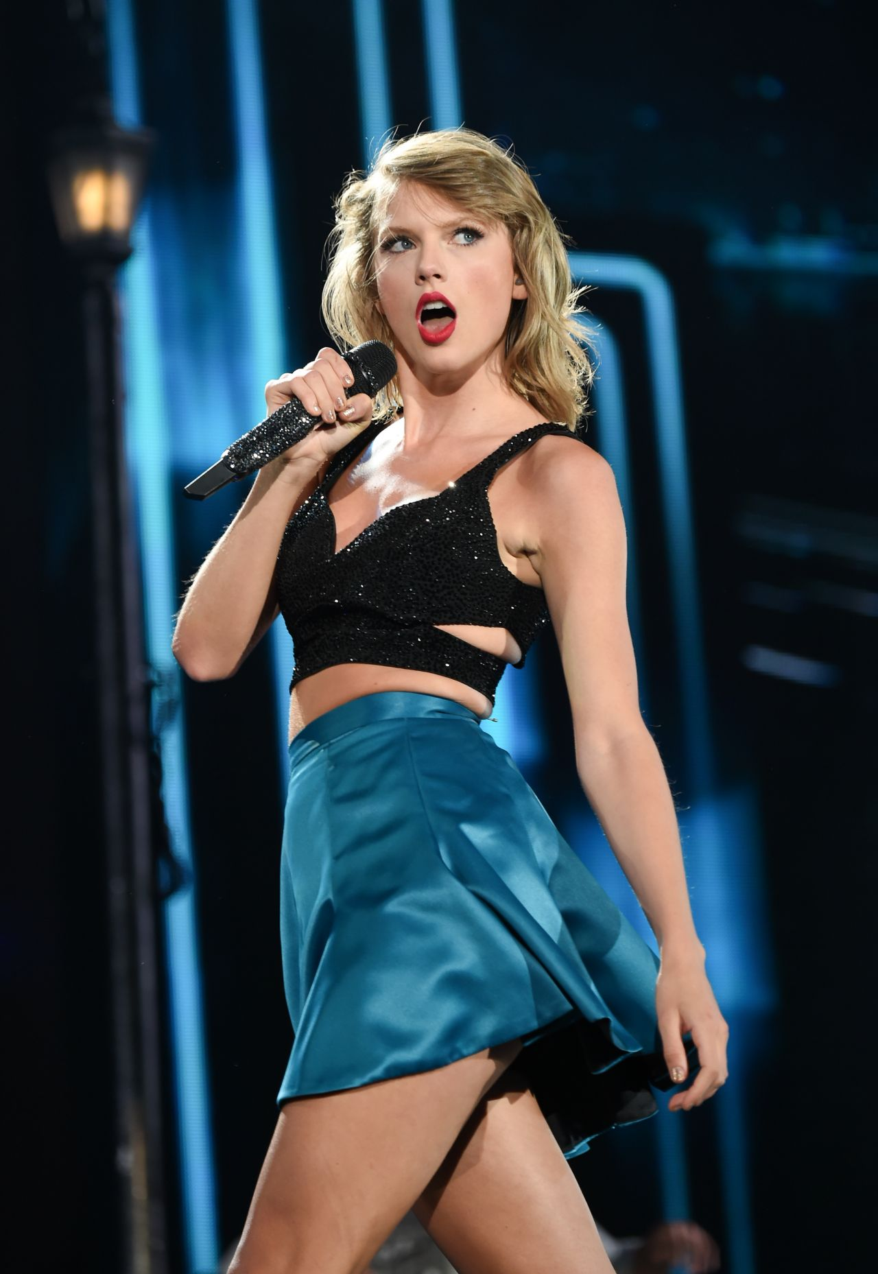 Taylor Swift - 1989 World Tour Concert In East Rutherford -4113