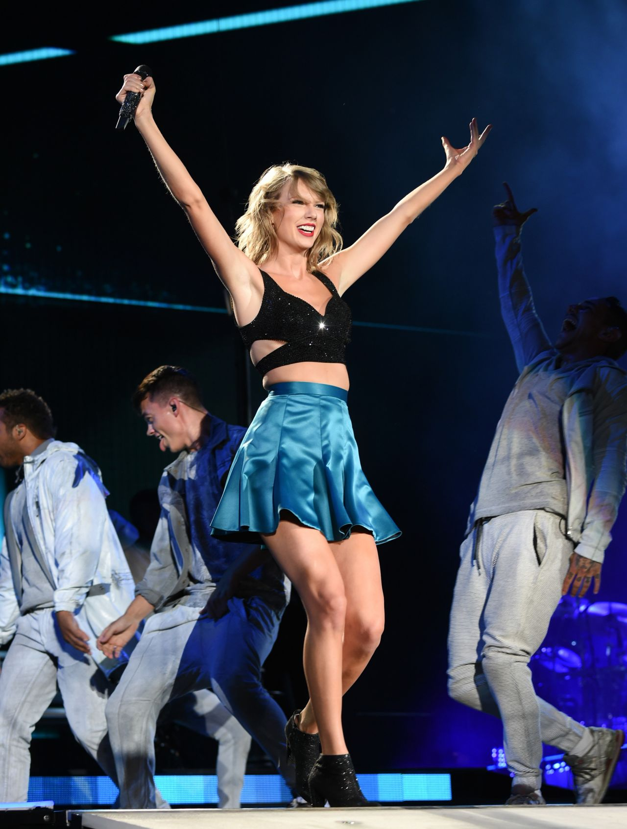 Taylor Swift 1989 World Tour Concert In East Rutherford