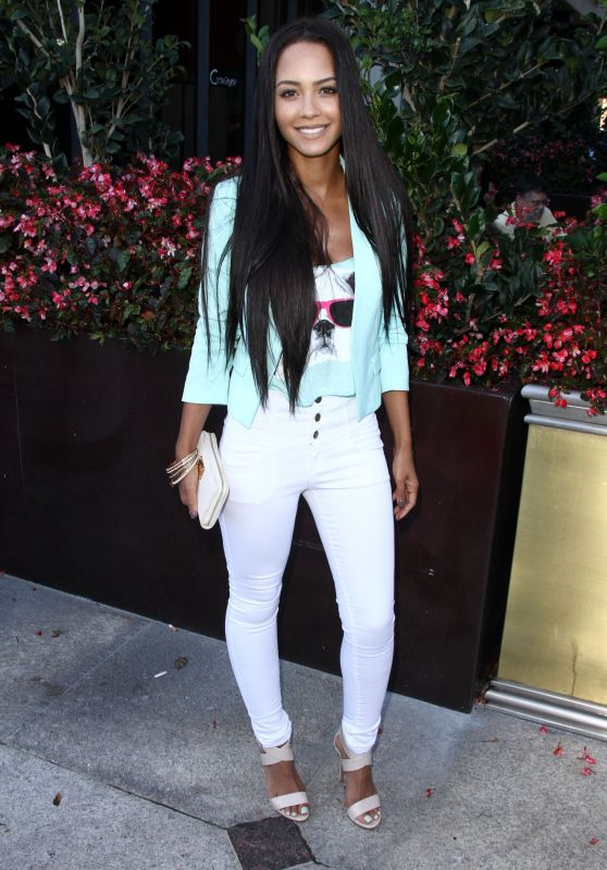 Tristin Mays – 'Sharknado 3: Oh Hell No!' Premiere at iPic Theaters in Los Angeles
