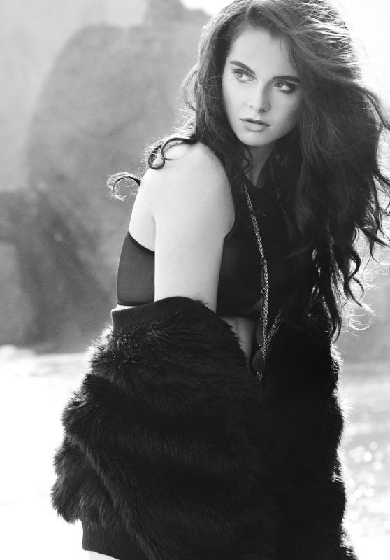 Vanessa Marano - Nicole Magazine 2015 Summer Issue
