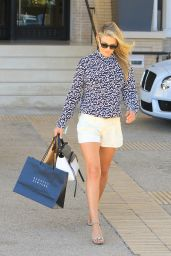 Ali Larter - Shopping at Barney