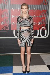 Amanda Steele – 2015 MTV Video Music Awards at Microsoft Theater in Los Angeles