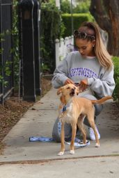 Ariana Grande out in Los Angeles, August 2015
