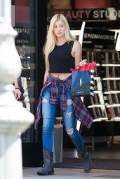 Ava Sambora - Leaving Sephora Salon in Calabasas, August 2015